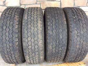 4 pneus d'été Goodyer Wrangler 245 75 r17 95$/4 pneus