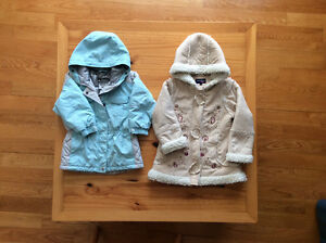 Baby girl's clothing - Size 3