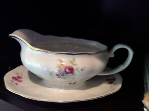 Elegant China Gravy/Sauce Boat with Attached Saucer by Farolina