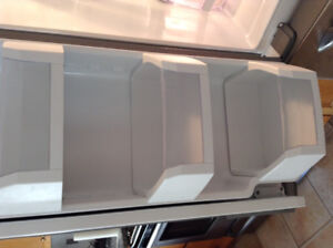 Refrigerator- General Electric Stainless steel