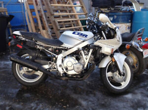 1989 HONDA CBR600 HURRICANE FOR PARTS