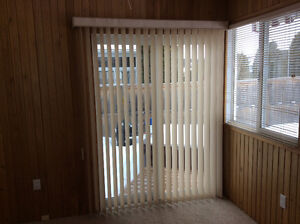Shade-O-Matic Tiffany Vertical Blinds