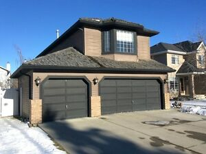 Beautiful 3 Bedroom House for Rent in Calgary