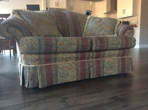 Couch and loveseat Sarnia Sarnia Area image 1