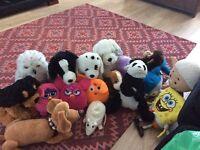 A bundle of teddies in good condition