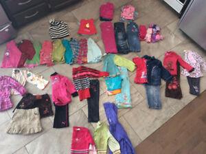 Lot de vêtements pour filles