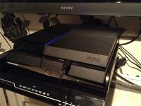Ps4 500gb mint condition 2 games 1 controlle