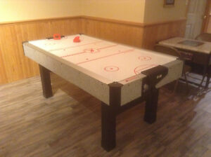 KT AIR HOCKEY TABLE