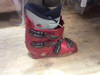 Lange max 4 ski boots