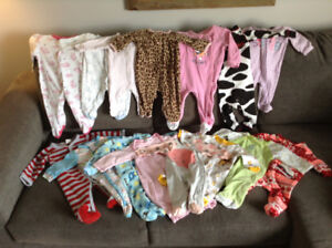 HUGE LOT OF BABY GIRL CLOTHES!!