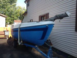 Sail boat 18 ft with trailer
