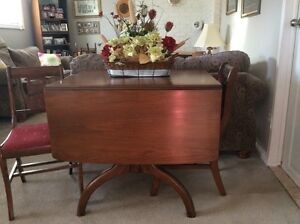 ANTIQUE Drop Leaf Dining Table and chairs