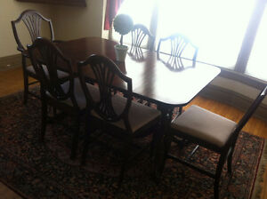 Vintage Mahogany Dining Room Table and Chairs