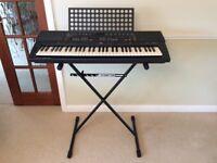 Yamaha Portatone PSR-400 electric keyboard