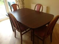 Extendable Dining Table With 4 Matching Chairs