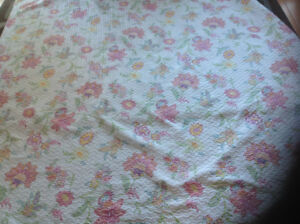 Queen size bed cover