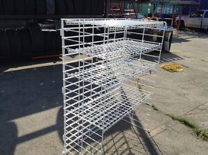 WHITE WIRE SHELVING HEAVY DUTY FOR DISPLAY
