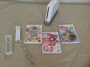 wii +3 jeux+ 1manette + 1nunchuk