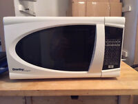 ** COMPACT 700w DANBY MICROWAVE - MOVING SALE