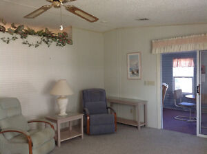 TRY AN OFFER On This Beautiful, Large, Manufactured Home Kingston Kingston Area image 4