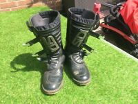 Sidi courier motorcycle boots size 9
