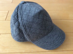 Never worn gymboree boys grey quilted hat size 5