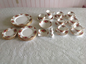 Dishes - Old Country Roses China - Set of 6,  Platter & Extras