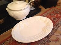 A. Santos soup tureen & ladle with 2 serving plates