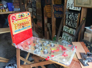Vintage Marx Battery Operated Tin Litho Pinball Game