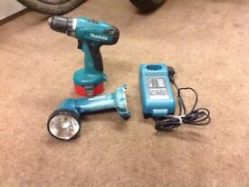 Makita 14.4v drill driver, torch and charger