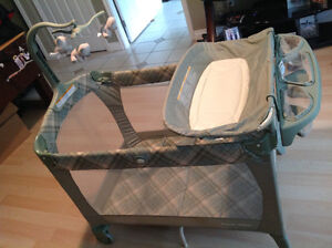 Graco Playpen (pack and play)