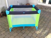 Great condition scallywags travel cot with duvet