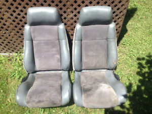 1986/1987 Pontiac Fiero SE/GT Leather/Suede Seats - banc - siège