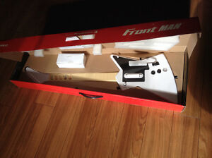 * NEW * Frontman Wireless Guitar for Playstation 3
