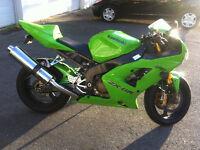 Kawasaki zx6rr 2004 Vente rapide 3800$ NEGO