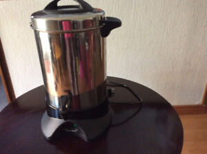 WEST BEND COFFEE MAKER FOR LARGE EVENTS