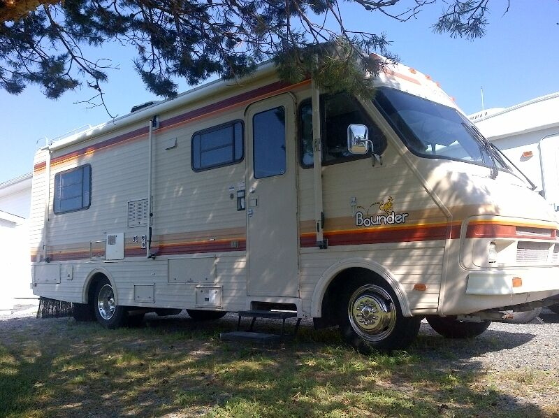 Unique From Basic Tent Trailers To Luxurious Motorhomes, Theres No Shortage Of Options When It Comes To Choosing An RV But Before You Start Mentally  Weve Had Calls From People Who Bought A Unit On Kijiji, And Then The Bailiff Showed Up