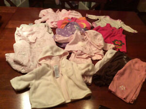 Lot baby girl clothes, size 0-3 months