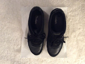 Sketchers shoes size 10