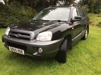 HYUNDAI SANTA FE DIESEL 2.0 CDX CRTD 4X4 BLACK WITH GREY LEATHER + TOWBAR