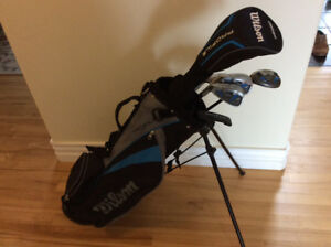 Kids golf clubs - Left handed - good condition - 6 piece -used