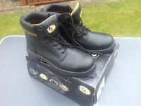 VR6 steel toe cap boot new size 12 £20