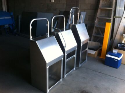 Centre console aluminium consoles for boats Capalaba Brisbane South East Preview