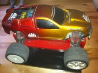 Monster truck gt RC téléguidée
