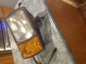 USED PLOW LIGHT,  GOOD  SHAPE, LEFT SIDE,