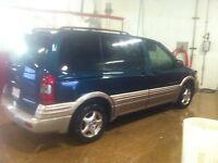 1999 Pontiac Trans Sport Minivan, Van