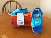Brand new Nike Sunray Adjust 4