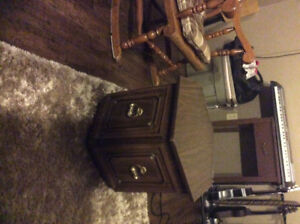 Night table/end table