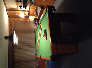 Brunswick 4' x 8' Pool Table, Accessories, and Light