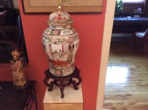 FAMILLE ROSE CHINESE VASES
